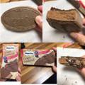 うわっと!中からチョコレートソースがトロり!こぼれ落ちないよう注意してね(笑)