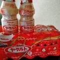 ボトルも冬デザイン☃️☃️☃️赤ヤクルト💕