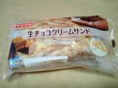 ヤマザキ 生チョコクリームサンド 袋1個