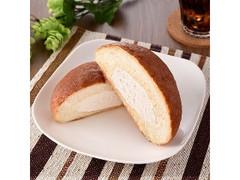 ファミリーマート コーヒーホイップブールパン