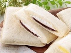 ヤマザキ ランチパック ジャンドゥーヤチョコクリーム&ホイップ 袋2個