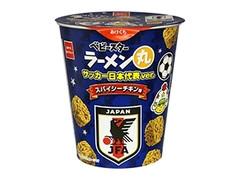 おやつカンパニー ベビースターラーメン丸 サッカー日本代表ver. スパイシーチキン味 カップ59g