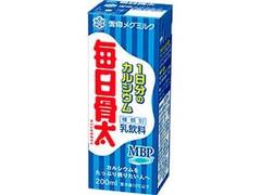 雪印メグミルク 毎日骨太 1日分のカルシウム パック200ml