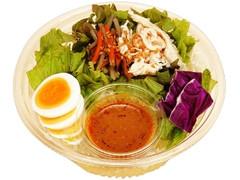 ファミリーマート 野菜たっぷり!国産ごぼうと蒸し鶏のパスタサラダ