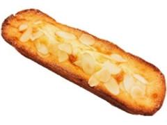 ファミリーマート アーモンド香るチーズケーキ