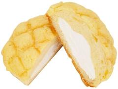 ファミリーマート ホイップメロンパン