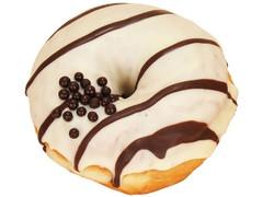 ファミリーマート ホワイトチョコリングドーナツ