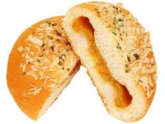 ファミリーマート チキンカレーパン パクチー風味