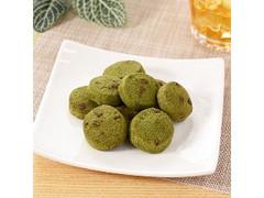 ファミリーマート FAMIMA CAFE&SWEETS 濃い色の宇治抹茶クッキー