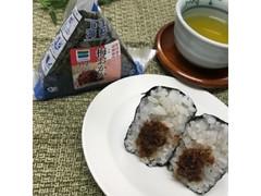 ファミリーマート 味付海苔 梅おかか 西郷梅使用