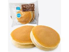 ファミリーマート ファミマ・ベーカリー パンケーキ チーズクリーム&ホイップ