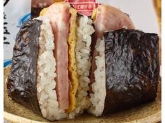 ファミリーマート サンドおむすび ポーク&玉子 ツナマヨ