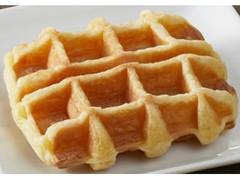 ファミリーマート FAMIMA CAFE&SWEETS 発酵バターを使ったこだわりのワッフル