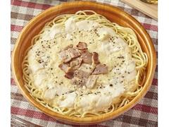ファミリーマート 4種チーズのカルボナーラ