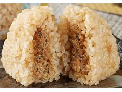 ファミリーマート 玄米おむすび 昆布とツナマヨネーズ