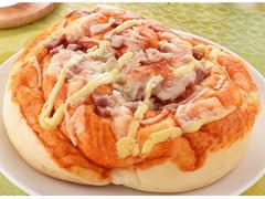 ファミリーマート ファミマ・ベーカリー ふんわりピザパン