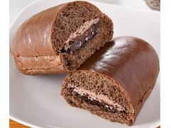 ファミリーマート ファミマ・ベーカリー チョコづくしコッペパン