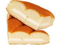 ファミリーマート ファミマ・ベーカリー ちぎれる三角サンド 練乳ミルクホイップ