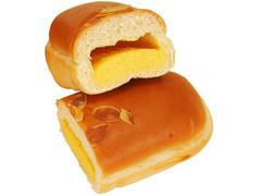ファミリーマート ファミマ・ベーカリー クリームを味わうクリームパン