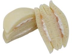 ファミリーマート ファミマ・ベーカリー もちっと白桃パンケーキ