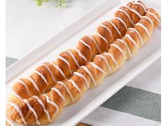 ファミリーマート ファミマ・ベーカリー ロングデニッシュ バター風味