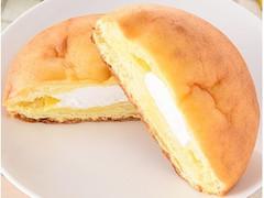 ファミリーマート ファミマ・ベーカリー やわらかシュークリームパン