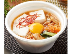 ファミリーマート 本場韓国産キムチとあさりのスンドゥブスープ
