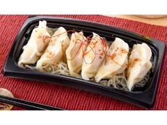 ファミリーマート おろしぽん酢で食べるもっちり水餃子