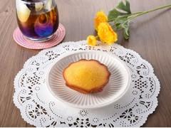 ファミリーマート FAMIMA CAFE&SWEETS 瀬戸内レモンのしっとりマドレーヌ