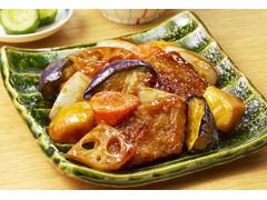 ファミリーマート 5種野菜とまぐろ竜田揚げの黒酢たれ和え