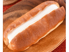 ファミリーマート ファミマ・ベーカリー たっぷりホイップパン