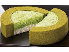 ローソン 八女伝統本玉露ロールケーキ Gyokuro Roll Cake