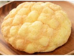 ローソン 発酵バターが決め手!ふんわりメロンパン