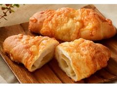 ローソン マチノパン 塩バターチーズパン