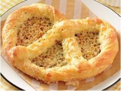 ローソン マチノパン チーズプレッツェルデニッシュ
