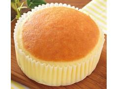 ローソン チーズリッチ蒸しケーキ ラムレーズン入