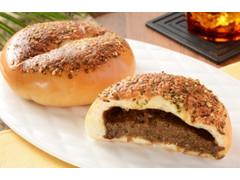ローソン マチノパン ほぐし牛肉の焼カレーパン