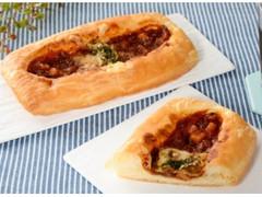 ローソン グリル野菜とミートソースのデニッシュ