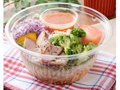 ローソン 1食分の野菜 トマトとベーコンのパスタサラダ