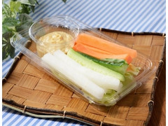 ローソン ピリ辛味噌マヨで食べる野菜スティック