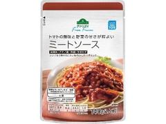 トップバリュ グリーンアイ Free From トマトの酸味と野菜の甘さが程よい ミートソース 袋140g
