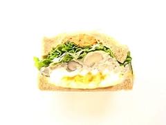 Sandwich&Co. 豚ひき肉と3種のきのこの濃厚クリーミーサンド