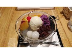 UCCプラザカフェ 紫芋モンブランとさつまいものクリームあんみつ