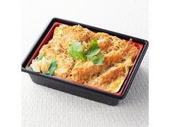 イトーヨーカドー どーんと3種フライのカツ丼