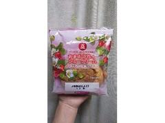 栄屋乳業 あまおう苺のシュークリーム 1個