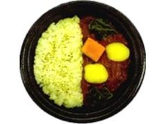 デイリーヤマザキ 北海道産じゃがいもと野菜のカレーライス