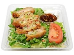 セブン-イレブン ねぎ香味だれの油淋鶏サラダ