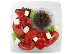 セブン-イレブン トマトとクリームチーズのサラダ