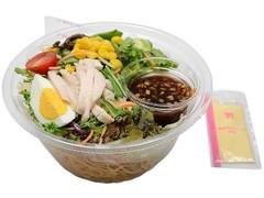 セブン-イレブン くずして食べるパリパリ麺のサラダ