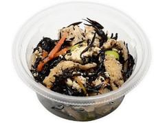 セブン-イレブン 6種具材のお豆腐とひじきの煮物